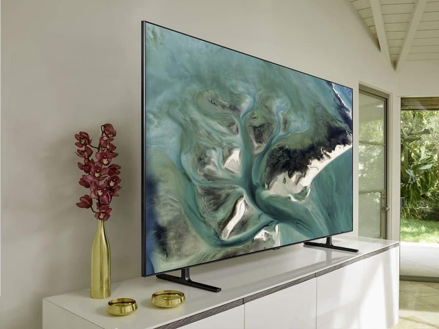 Televisor LED – Samsung Q80R